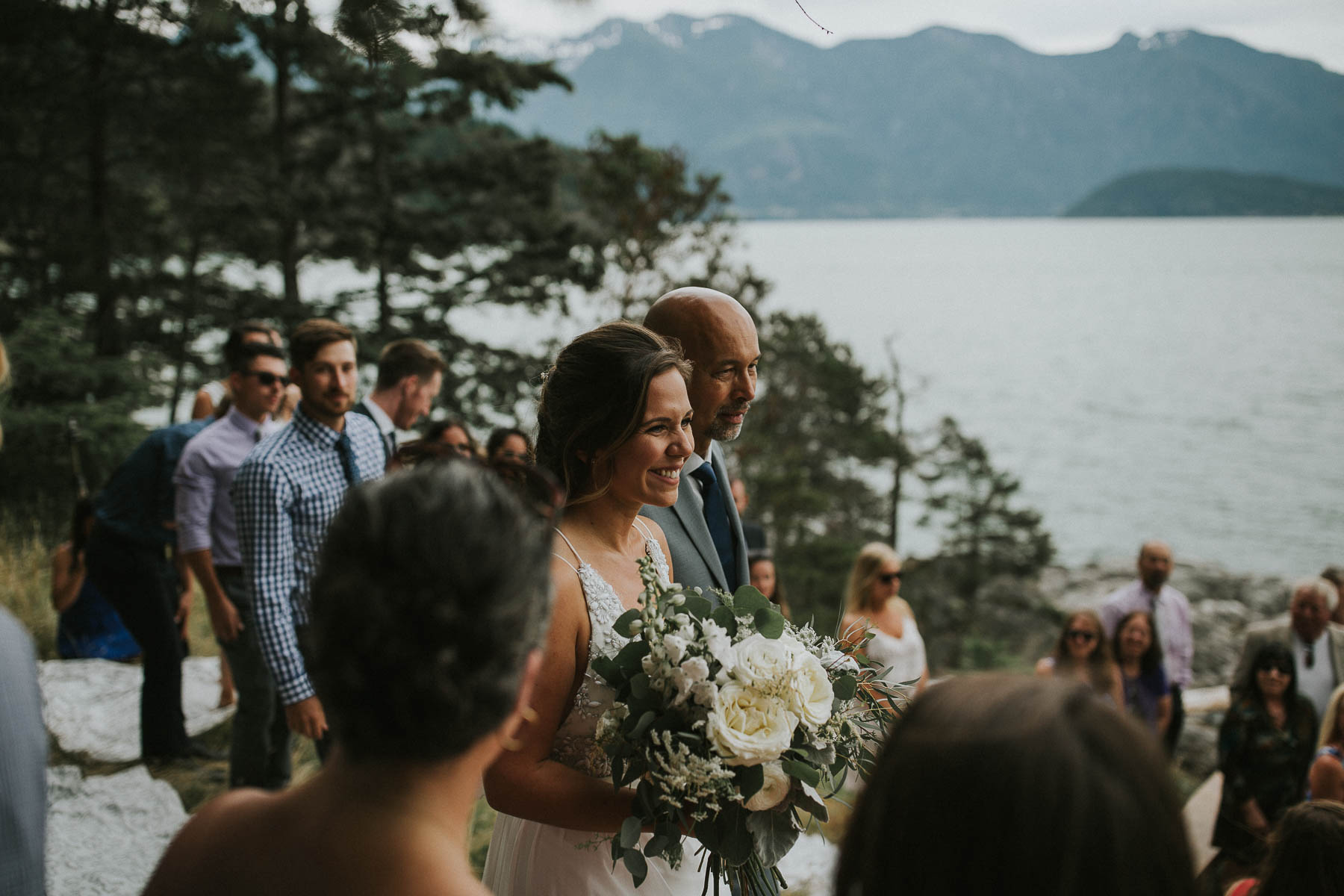 gambier-island-camp-fircom-vancouver-destination-wedding-photography-the-apartment-photography-sm_032