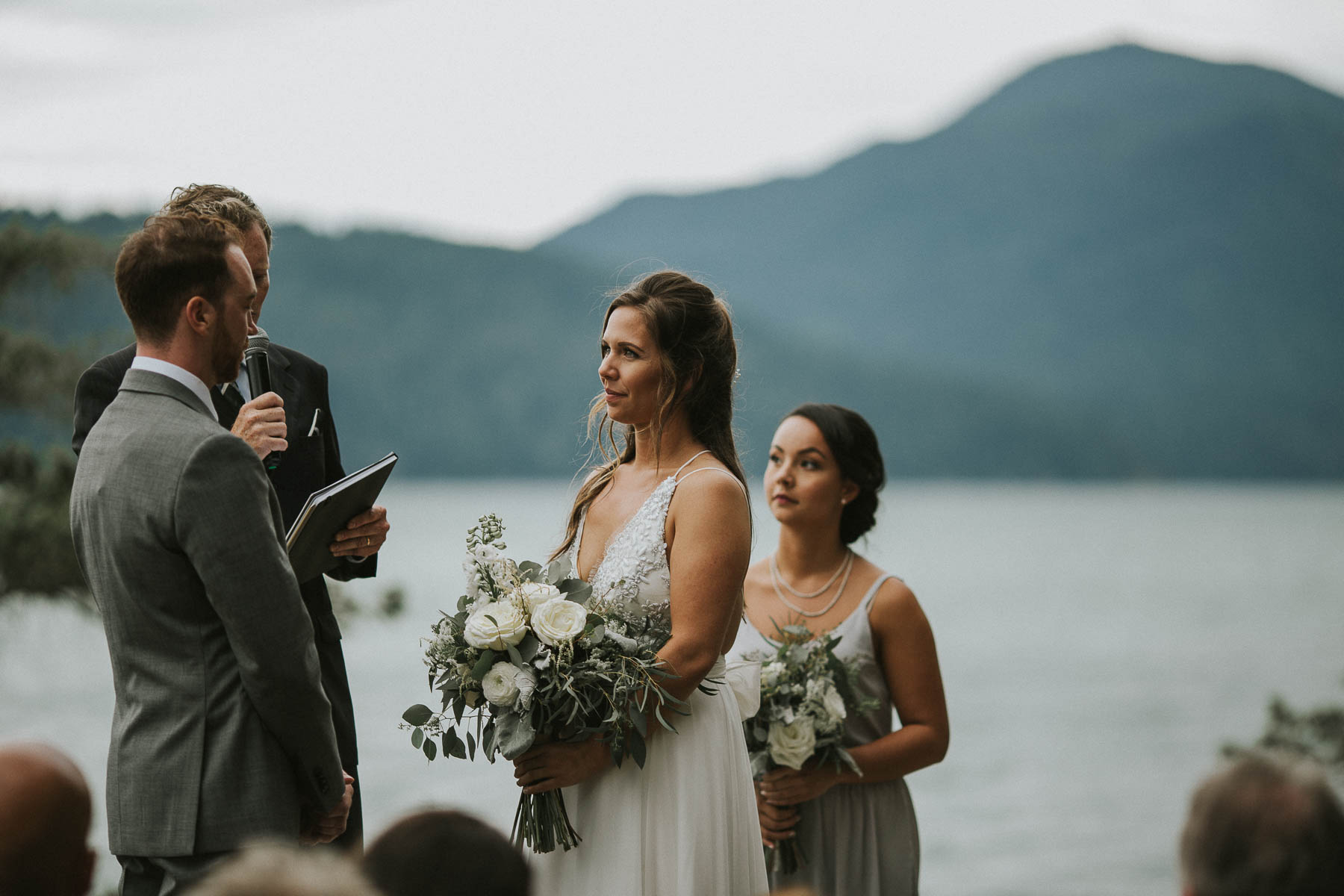 gambier-island-camp-fircom-vancouver-destination-wedding-photography-the-apartment-photography-sm_035